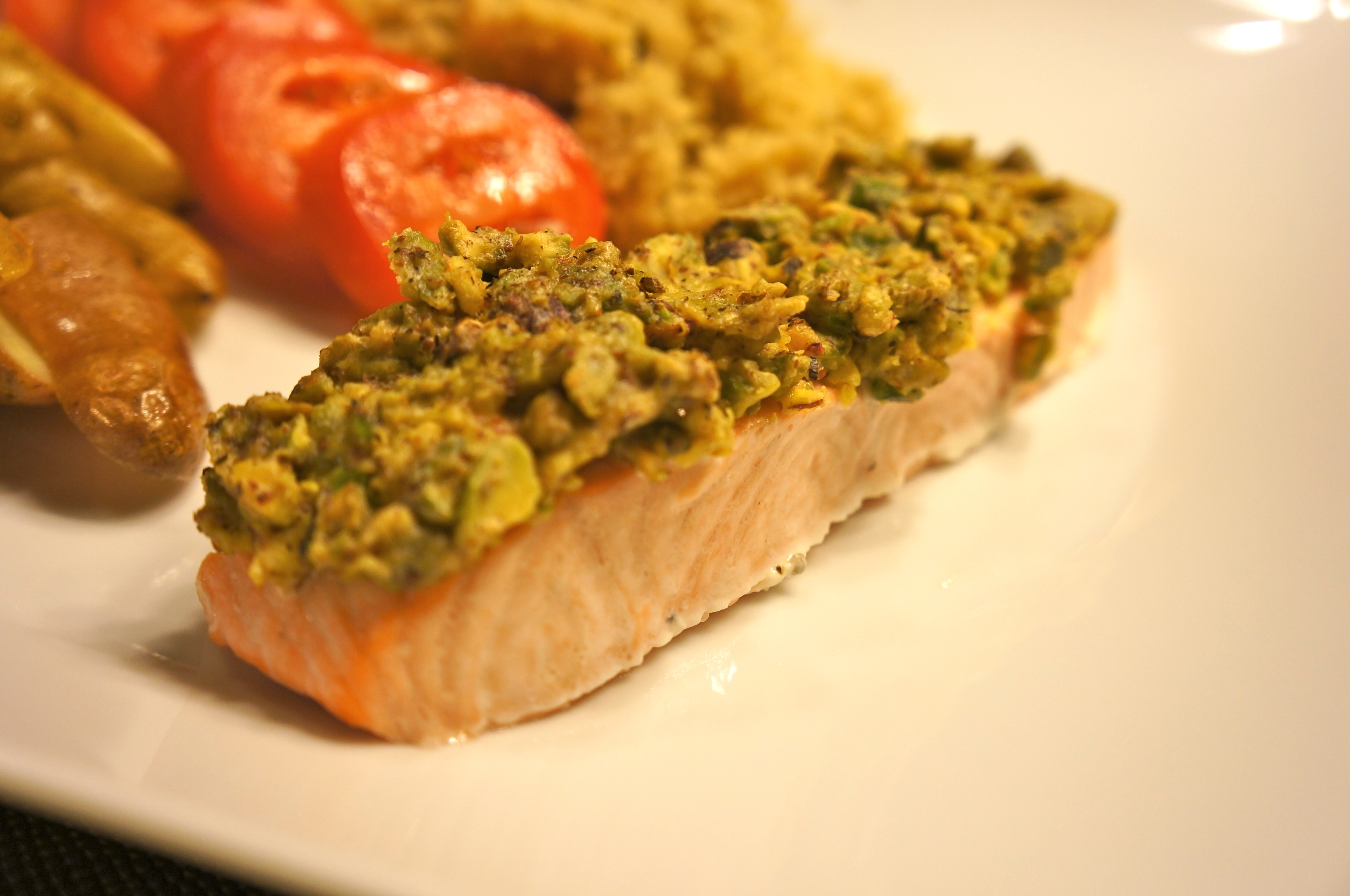 Salmon con costra de pistaches